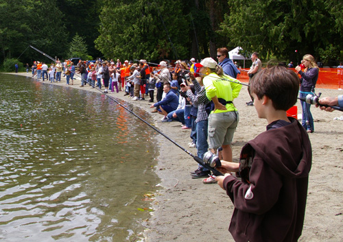 youth fishing day at park