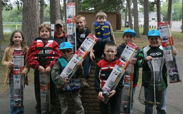 Take a kid fishing kids free fishing events for Kids fishing net